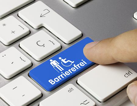 Ausschnitt einer Computer-Tastatur, auf einer Taste steht: barrierefrei